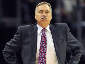 Coach-Mike-DAntoni-was-at-a-loss-during-the-first-quarter-on-Tuesday.-David-Richard-USA-TODAY-Sports